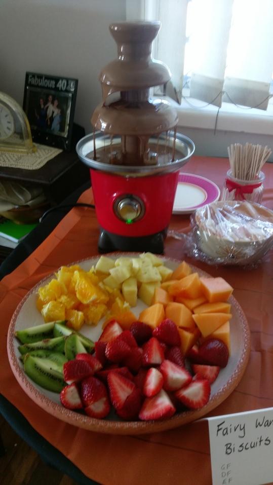 Fruit platter & chocolate fountain