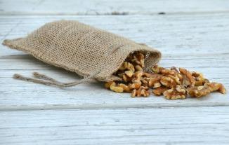 walnuts-1720422_960_720