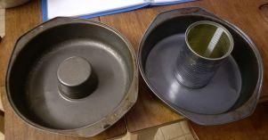 empty pans