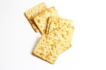 square cracker biscuits